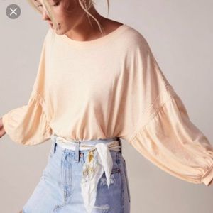 Free People FP Balloon Sleeve Top / Size M / GUC